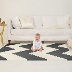 Skip Hop playspot Black Cream